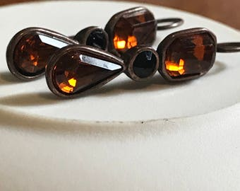 Amber Colored and Black Crystal Earrings Set in Copper Colored Metal - Vintage