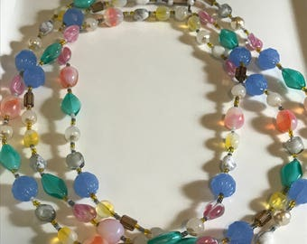 Springtime colorful beaded necklace - Handmade