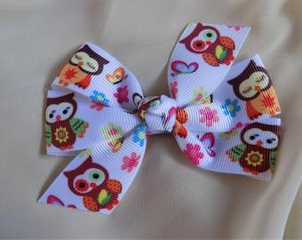Girl's Hair Bow in Owl Pattern - Hair bow, Barrettes for girl, Bow for toddler, Owls, Toddler hair bow, Hair clip for girl, Birthday gift