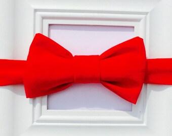 Red bow tie, Baby Red Bow tie, First Birthday bow tie, Smash Cake Bow tie, Kids Red Bow tie, Red bowtie, newborn bow tie, bowtie onesie