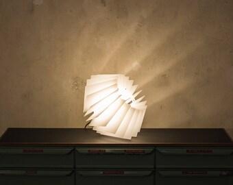 Weisse Lampe Designer Lampenschirm Warmweiss Acryl Glas Leuchte Weiss Wohnzimmerlampe
