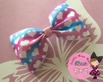 Heart bow