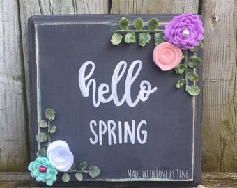 hello spring with felt flowers (small)