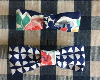 Pair of Hair bow clips vintage fabric
