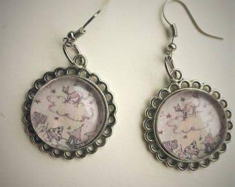 Night cat cabochon earrings