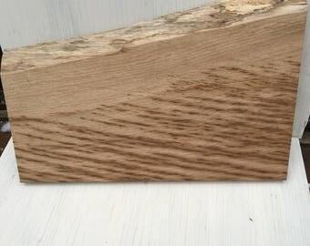 Brown Oak with wavy edge bread board/chopping board