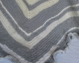 cover 80 cm by 80 cm grey baby blanket