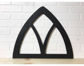 Small Vintage Pointed Arch Window Frame Wall Decor
