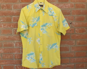 Flowered shirt Man, VINTAGE, sleeves, yellow, blue, beachwear, Hawaiian, size S