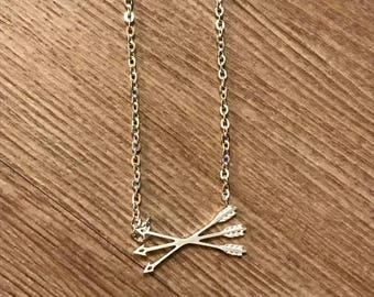 Thin chain necklace and silver plated arrows / everyday necklace / minimalist necklace