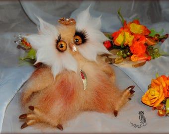 Owl Aurelia