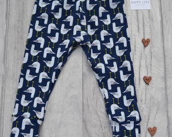 Organic cotton leggings navy seagulls // baby leggings // toddler leggings // baby gift // baby shower