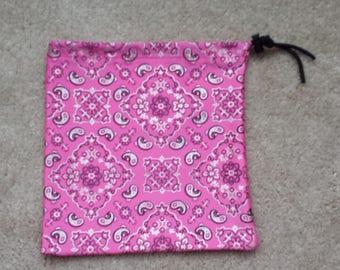 Howdy Handkerchief Grip Bag