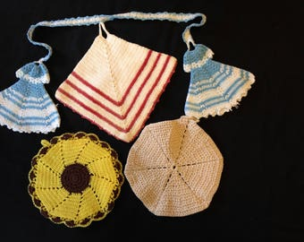 Crocheted Potholders Lot of Four Vintage