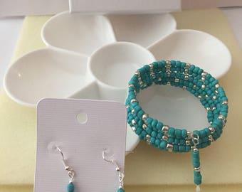 Aqua and silver Memory wire bracelet set