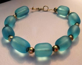 Sea Green Glass and Gold Anklet