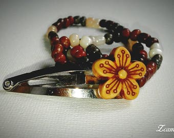 Earth tone flower hair accessory