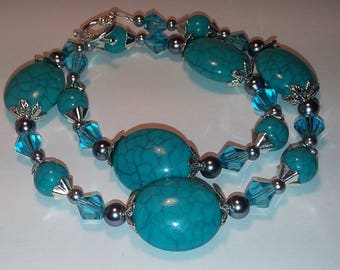 Turquoise and Silver Necklace and Earring Set!