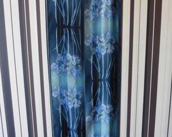 MARJA KURKI Vintage Scarve/Scarve With Floral Print/Vintage Silk Scarve/Scarve With Iris Flowers/Pure Silk