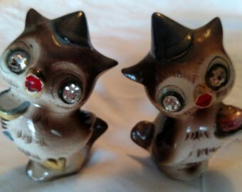 Vintage 1950's Norcrest #H512 Owls with Sequined Eyes Salt and Pepper Shakers ~ Hard to Find
