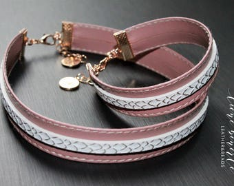 Handmade 15 mm dusty pink with white PU leather choker necklace and bracelet jewelry set