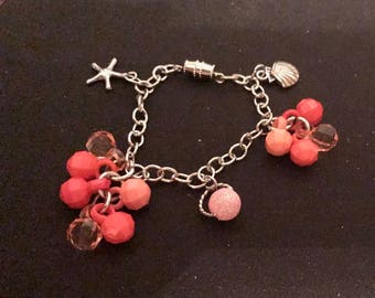 baby/toddler/Child Pink dangle charm bracelet