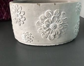 Indoor/Outdoor Ceramic Flower Planter