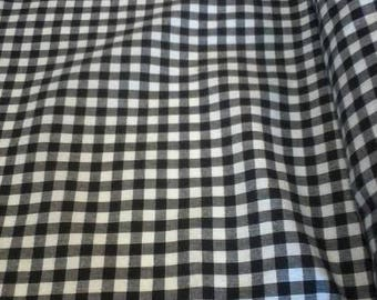 Clea de Linum, black, white and grey checkered, gingham
