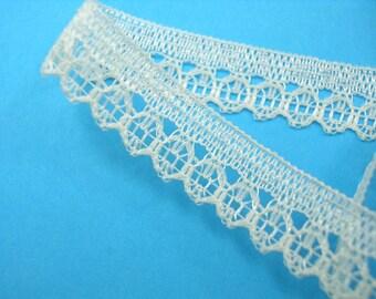 BEIGE lace: width 10mm (30)