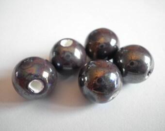 5 beautiful round beads 13 mm ceramic purple AB 13 mm