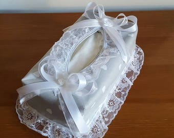 Cozy grey charm heart tissue box cover and lace