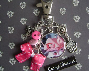 Alice Wonderland country key ring