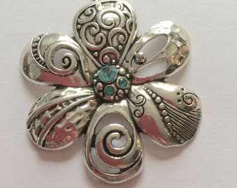 """flower"" blue zircon pendant"