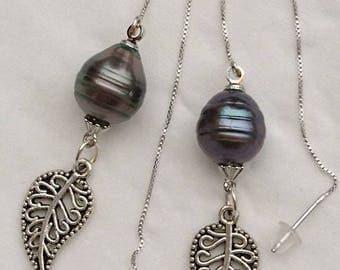 "Earrings ""Tamara"" keshi pearls and chains on 925 Silver earrings."