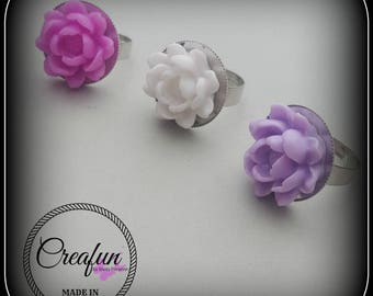 Purple ring with adjustable size with lotus flower in resin