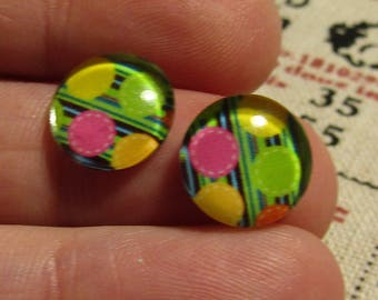 lot of 2 glass cabochons 12mm