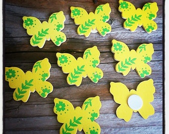 set of 8 butterflies in yellow and green 30mm