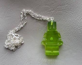 Necklace 77 cm + pendant snowman toy green resin