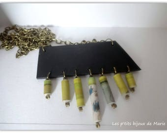 Necklace inner tube recycled and paper green and ecru beads