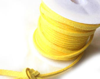 Suede lace / yellow /largeur 3mm cut 50 cm