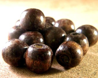 10 large natural wooden beads Brown 14 x 16 mm B14