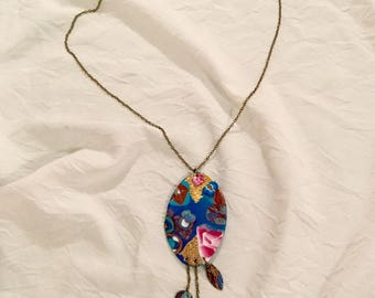 """Adjustable necklace, Locket """"China"""" on brass chain"""