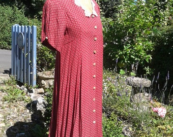 Vintage ladies dress - ideal for everyday or for a vintage occasion