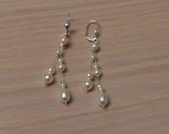 Bride, wedding earrings earrings fashionable Swarovski pearls on sleeper/hook, customizable colors