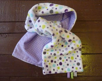 Reversible purple dominant girl scarf