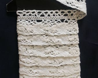 Long Length of Victorian Crocheted Cotton Lace