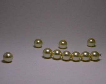 10 12MM ROUND IVORY PEARLY BEADS