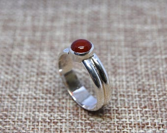 Carnelian and Sterling Silver Ring size 7