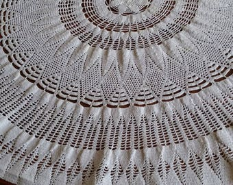 large round doily ecru 71 cm in diameter