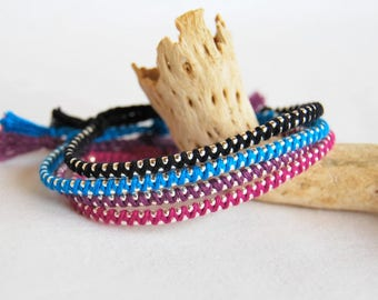 Bracelet chain bracelet colorful cotton yarn and beads silver fancy late hippie woman Brasilda (choice of color)